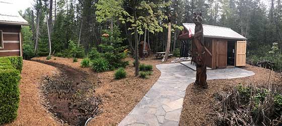 Landscape yard with cedar mulch